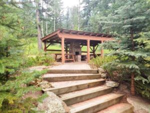 Great Fireplace and Picnic Area